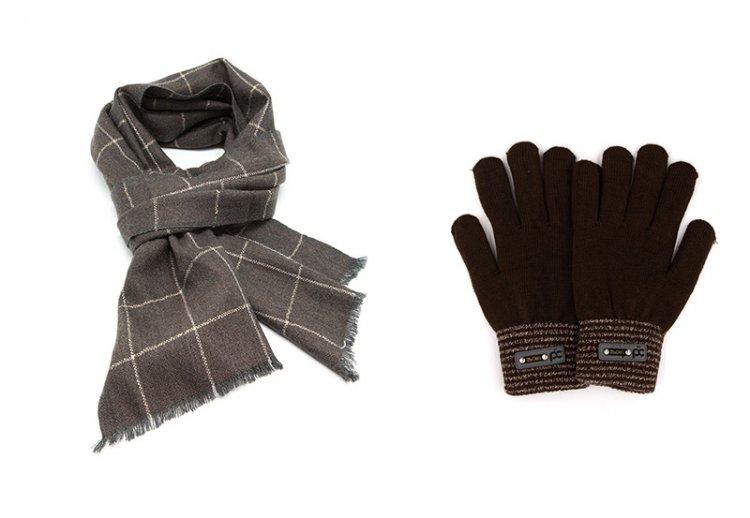 мужской шарф на подарок и перчатки