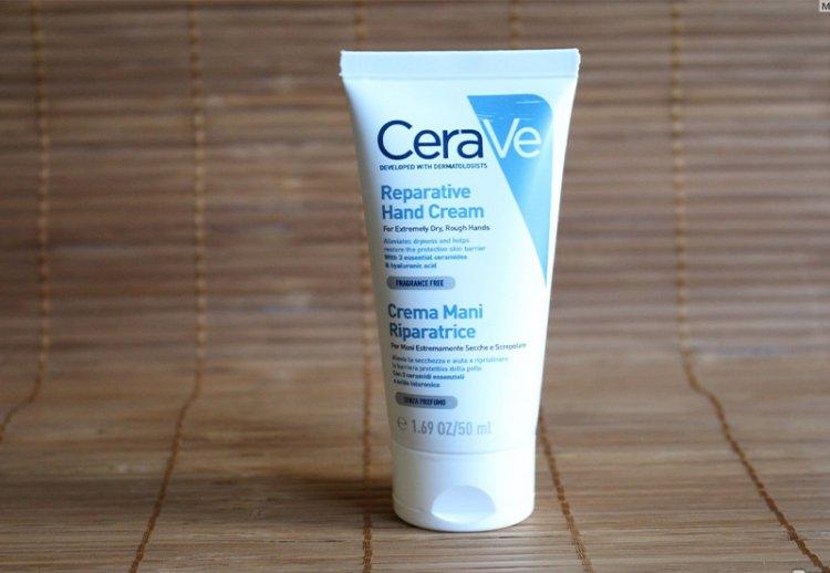 крем для рук CeraVe для сухой и очень сухой кожи