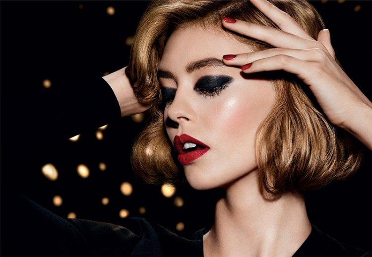 Красивый новогодний макияж 2021 под цвет глаз