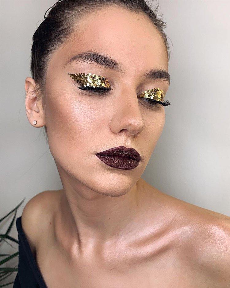 макияж глаз с крупным желтым глиттером