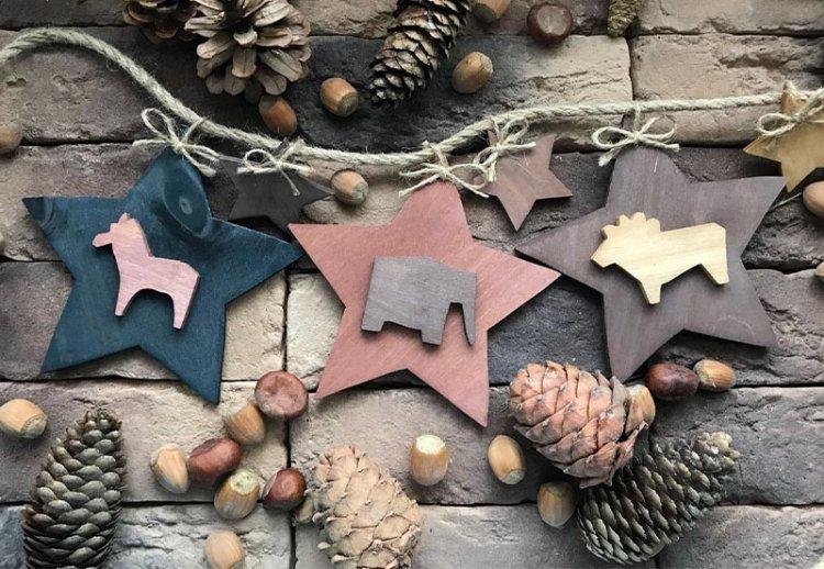 деревянные фигурки на новый год