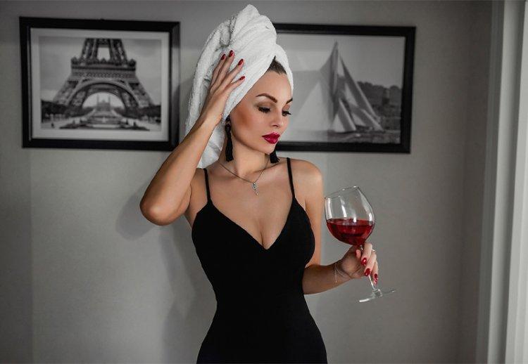 Как алкоголь влияет на кожу лица: разбираем алкогольные напитки