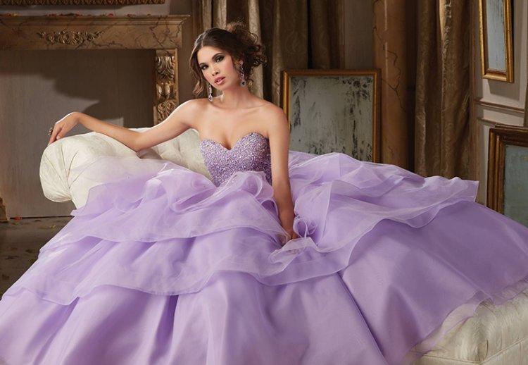 Свадебные платья весна-лето 2021: модные тенденции