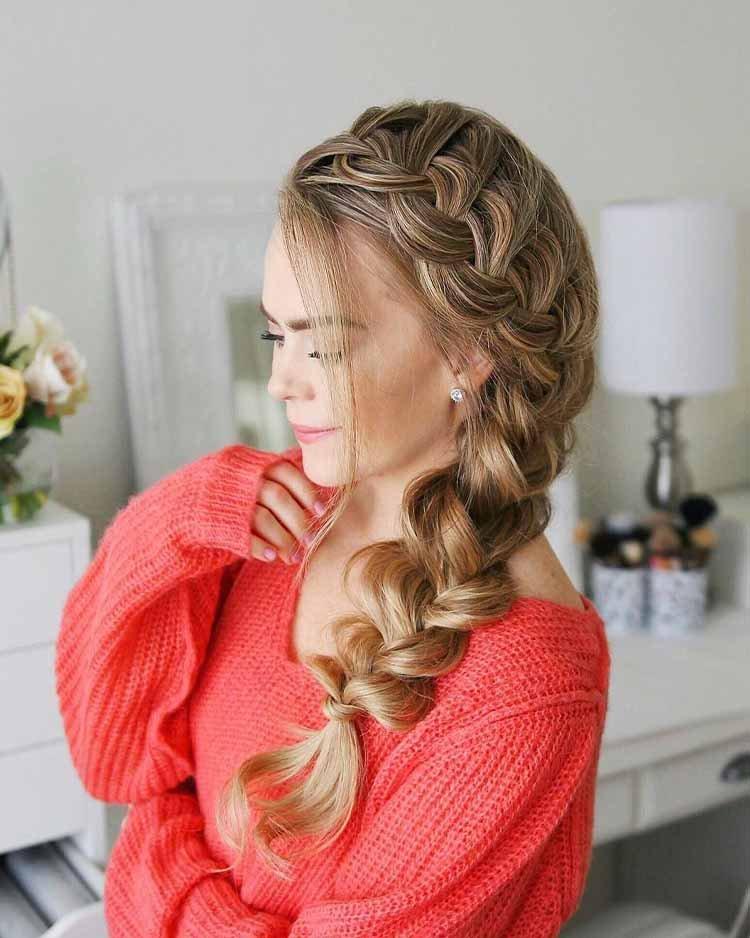 прическа Боковая коса