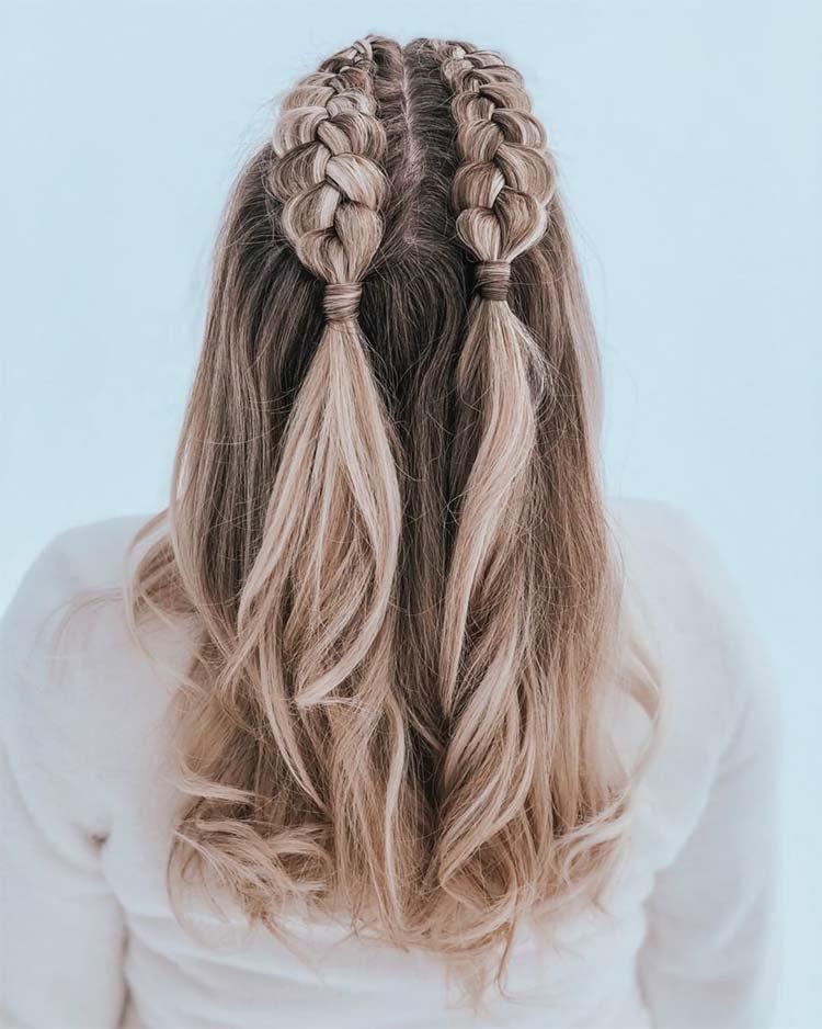 прическа с двумя косами
