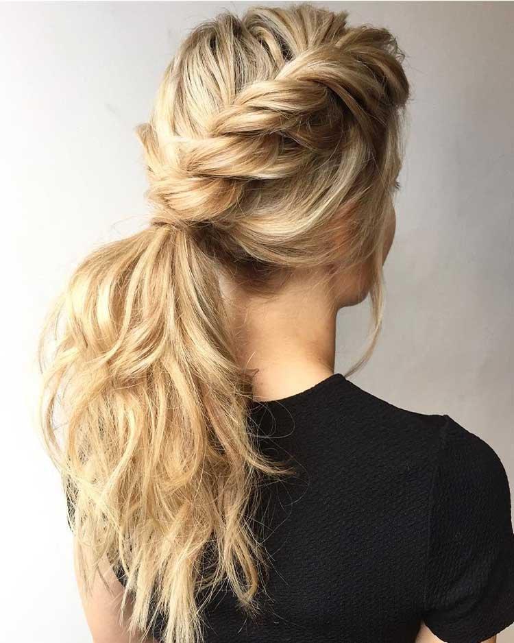 прическа скрученная коса