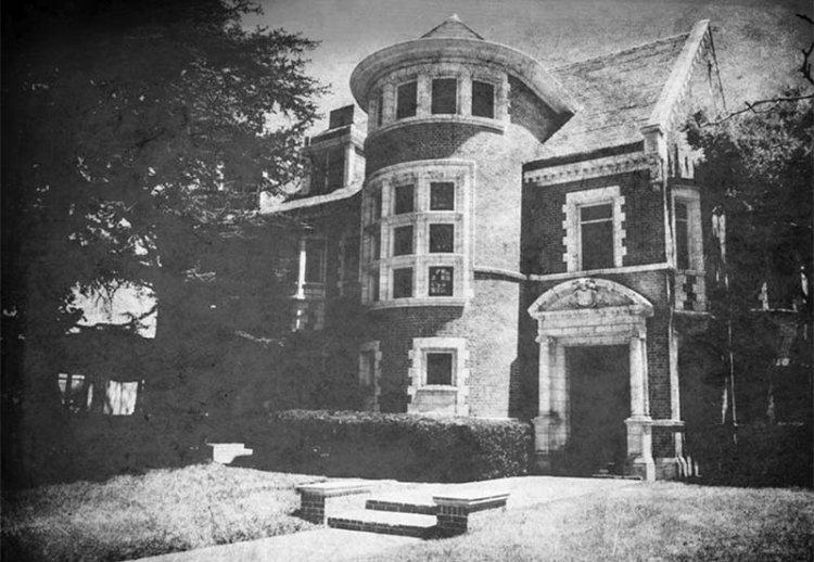 Дом убийца из первого сезона сериала Американская история ужасов