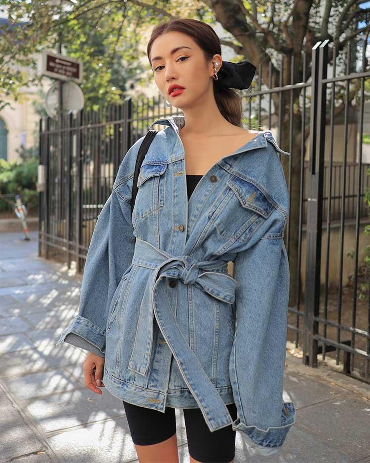 джинсовая куртка с поясом с чем носить