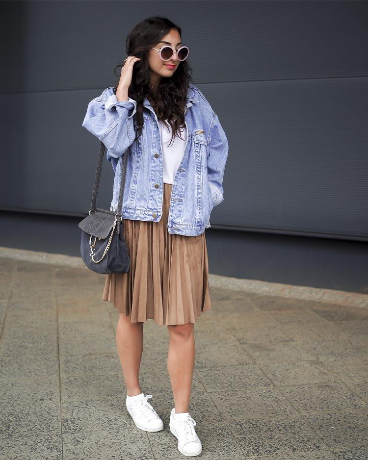 джинсовая куртка с юбкой плиссе
