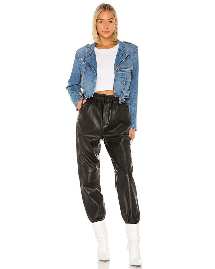 как носить джинсовку с кожаными брюками
