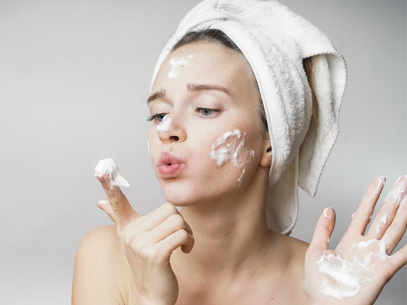 очищение лица летом